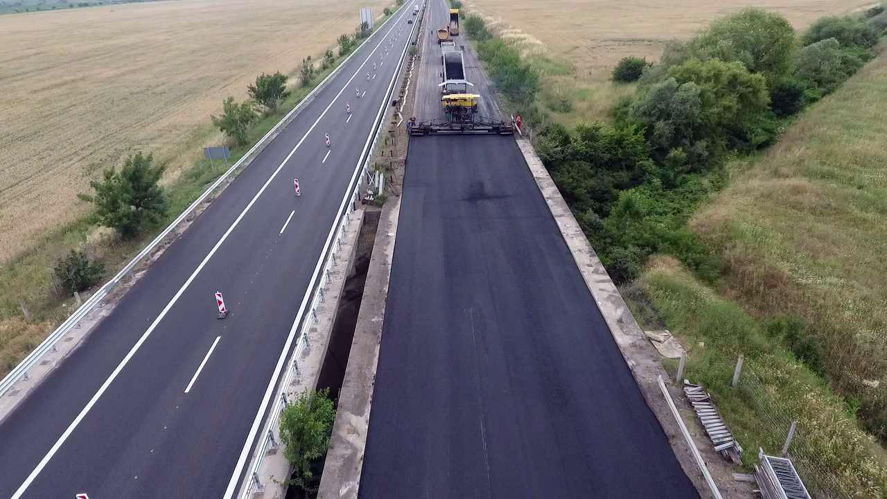 """ремонт на автомагистрала """"Тракия"""" в участъка между Чирпан и Стара Загора"""